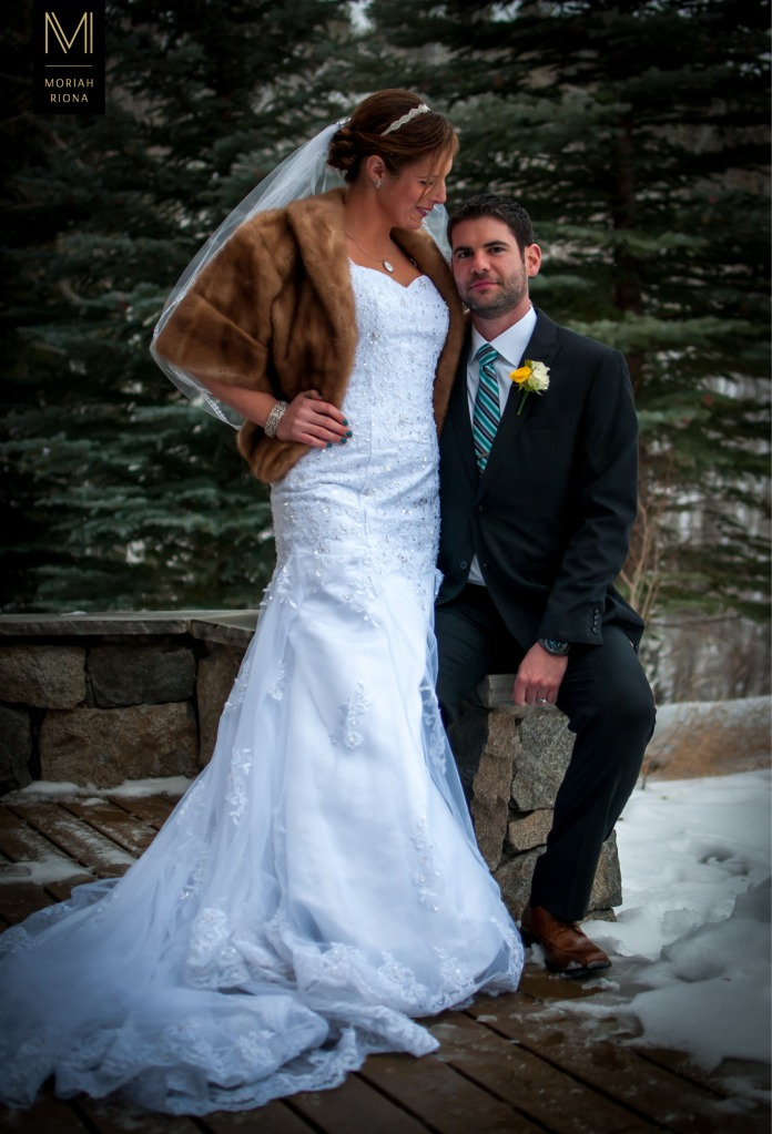 Glamorous couple at Vail wedding | © Moriah Riona, 2016