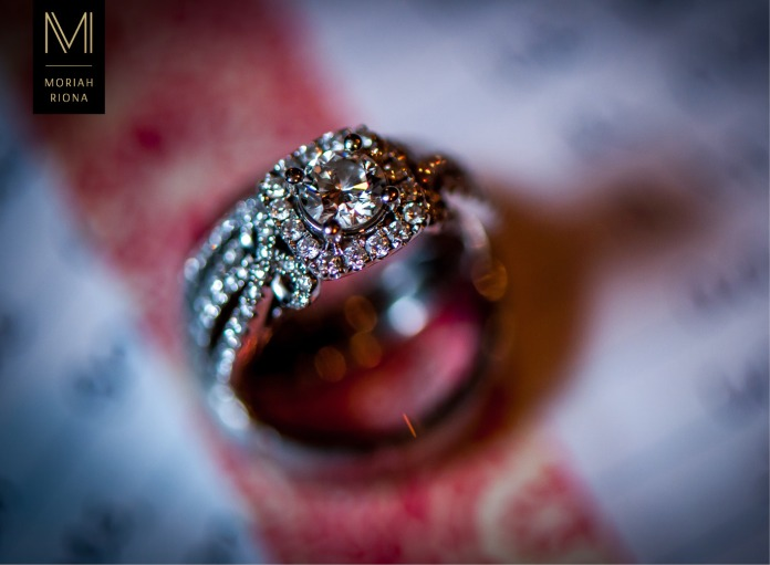Macro shot of stunning diamond rings | Colorado Springs wedding photographer, Moriah Riona